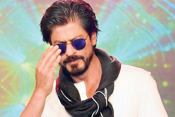 SRK Opens About His Biopic Like Never Before