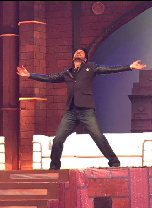 SRK on the sets of 'The Kapil Sharma Show'