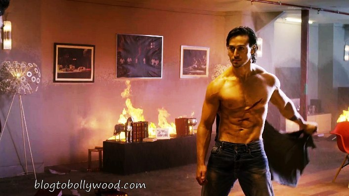 Action Packed Tiger Shroff, Pulls off Stunts Easily For Baaghi