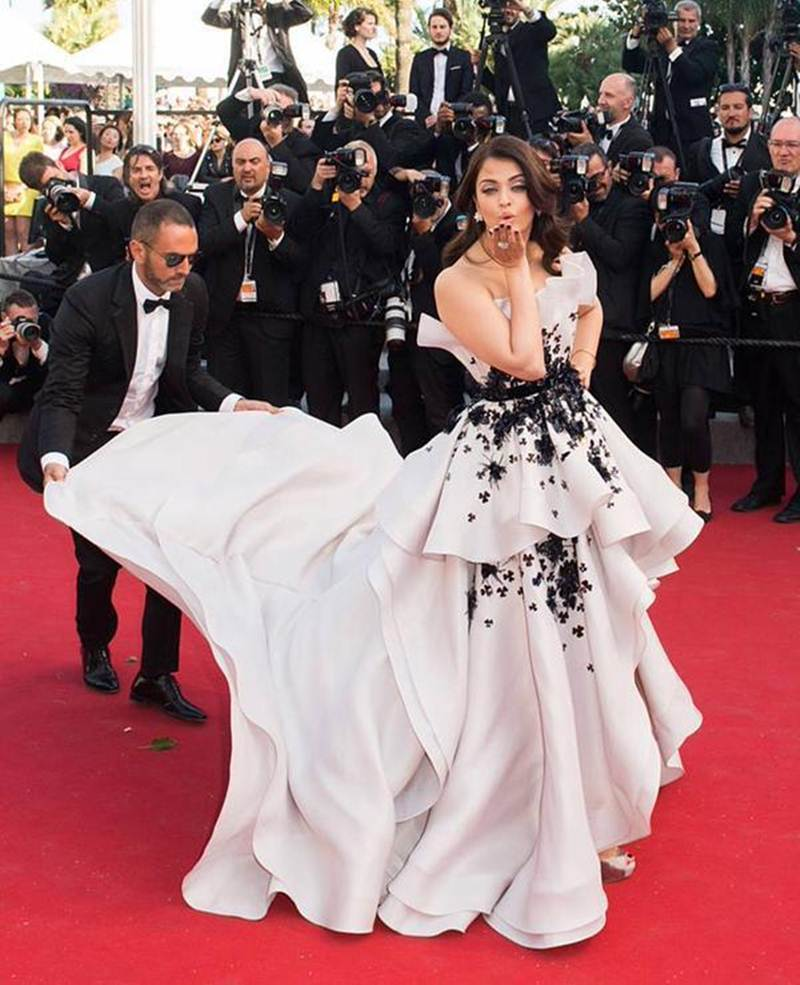 Aishwarya Rai Bachchan and Sonam Kapoor's various looks at Cannes over the years- Aish 2015 1