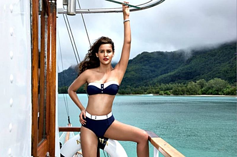 10 Hot Pictures of Aisha Sharma who may be seen opposite Akshay Kumar soon!- Aisha Calendar 1