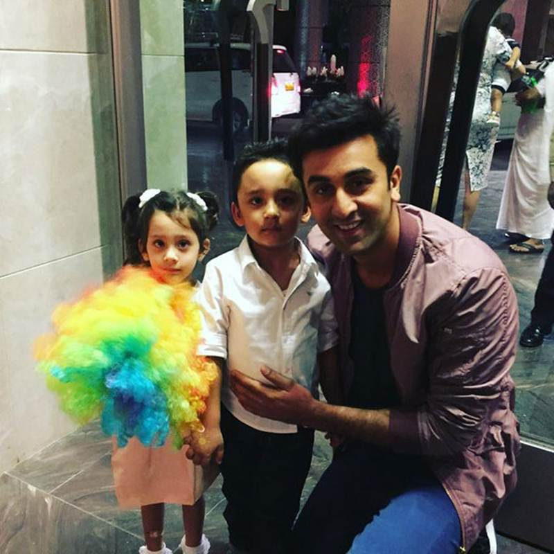 Top 10 Bollywood Pics of the Week : 1 May 2016 to 7 May 2016- Ranbir and kids