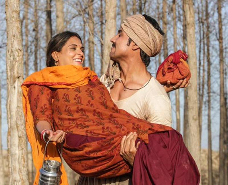 5 Reasons why we can't wait to watch Sarbjit this weekend- Randeep in Sarbjit- Sarbjit Music