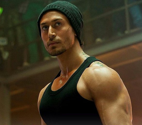 Baaghi Box Office Collection | Great Opening In Overseas
