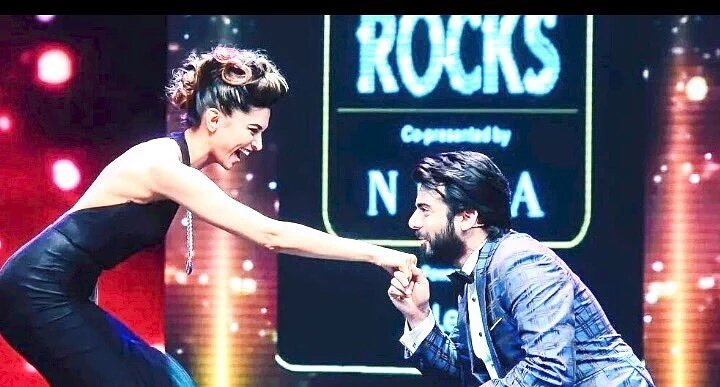 Woah! Deepika Padukone gets proposed but not by Ranveer Singh!- Deepika and Fawad