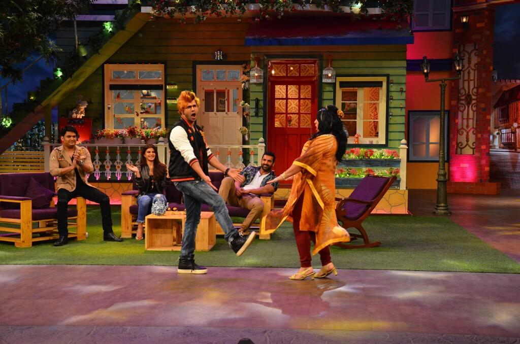 Varun dancing on the sets of TKSS