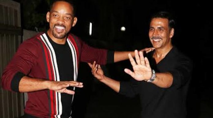 Akshay Kumar and Will Smith doing Bhangra at party