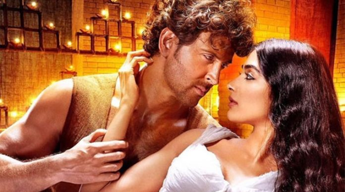 Hrithik and Pooja in Mohenjo Daro