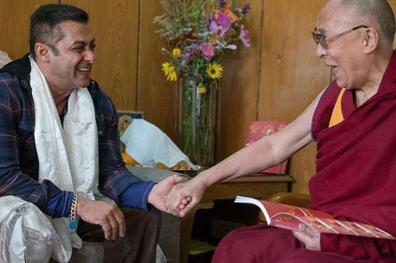 Pictures | Salman Khan wraps up Tubelight Ladakh schedule, celebrates with team- Salman with Dalai Lama