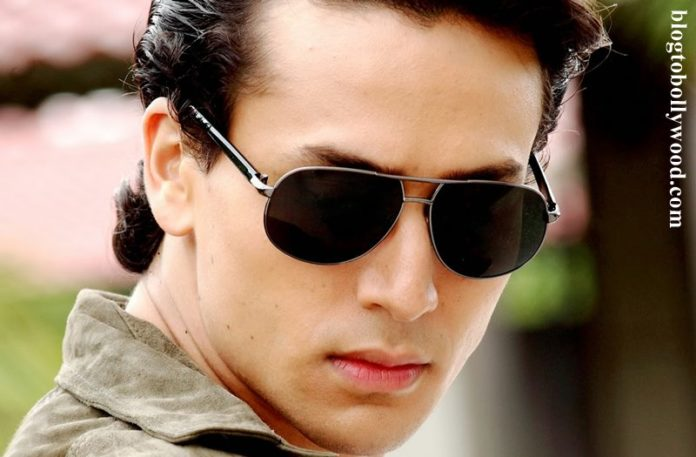 Tiger Shroff is in talks with Karan Johar for Student of the Year 2