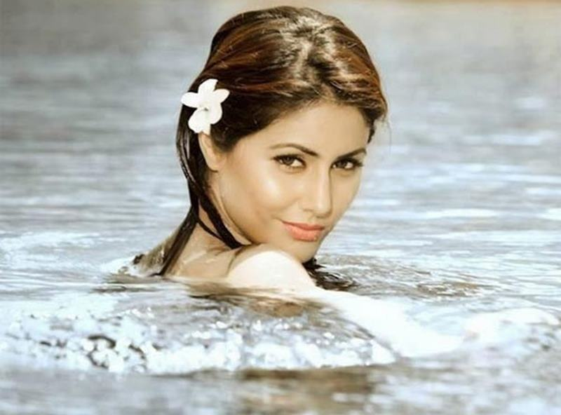 10 TV Beauties that need to make their Bollywood Debut now!- Hina Khan