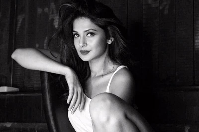 10 TV Beauties that need to make their Bollywood Debut now!- Jennifer Winget