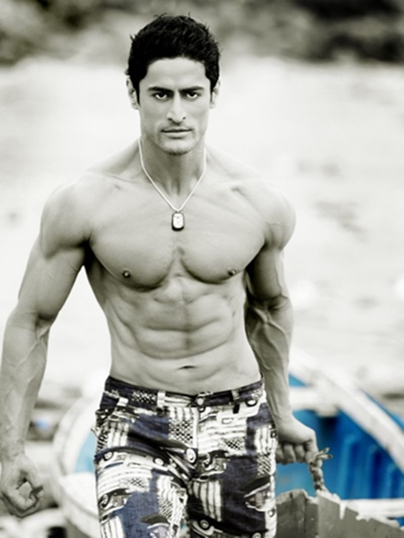 10 TV Hunks that need to make their Bollywood Debut now!- Mohit Raina