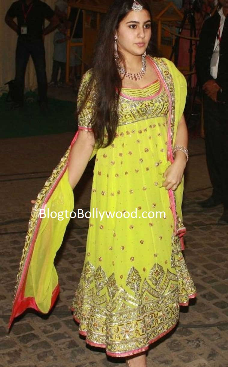 Sara Ali Khan before Saifeena's wedding