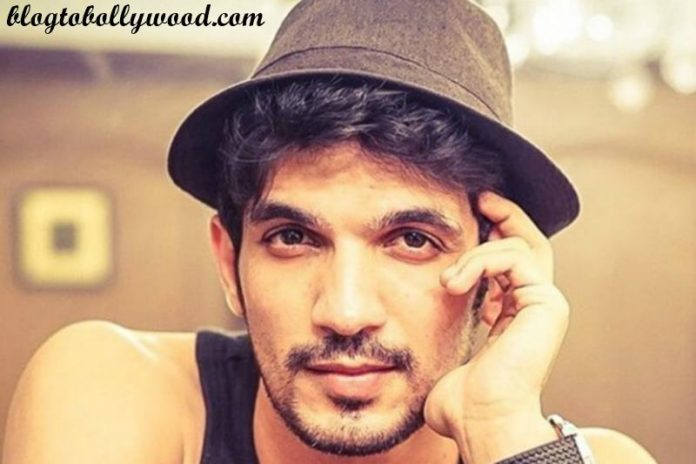 15 Hot Pics of Arjun Bijlani, one of the sexiest men of Indian Television