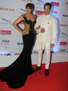 Karan and Bipasha at Filmfare Glamour and Style Awards