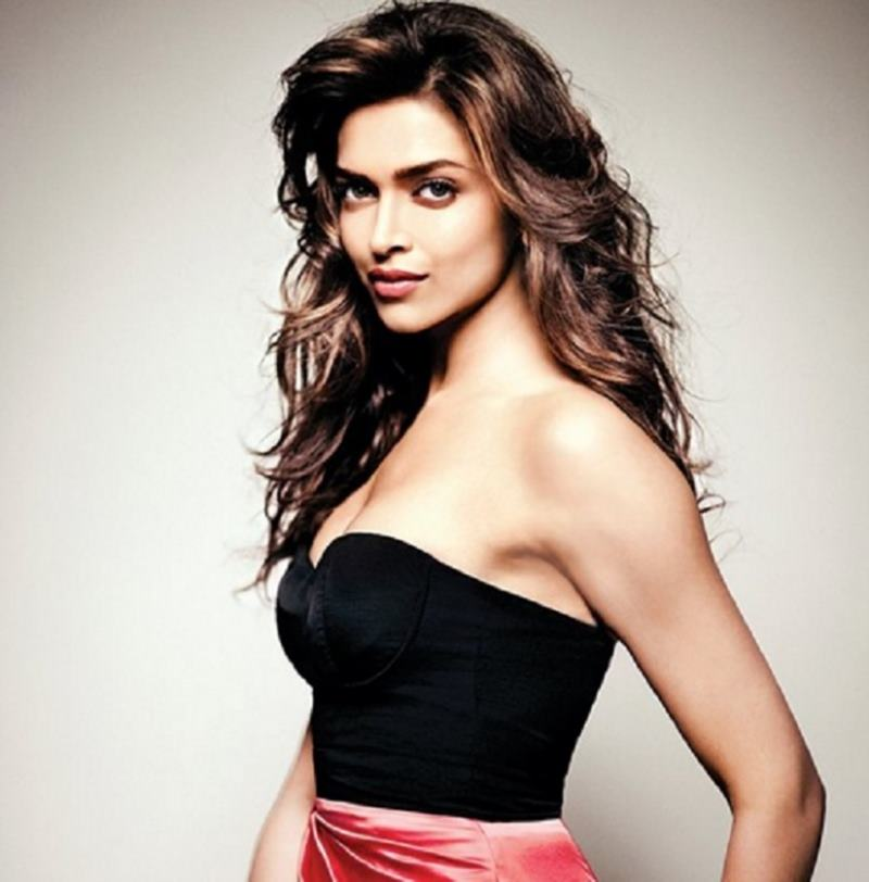 10 Most Active Bollywood Celebs on Twitter that you must follow!- Deepika Padukone