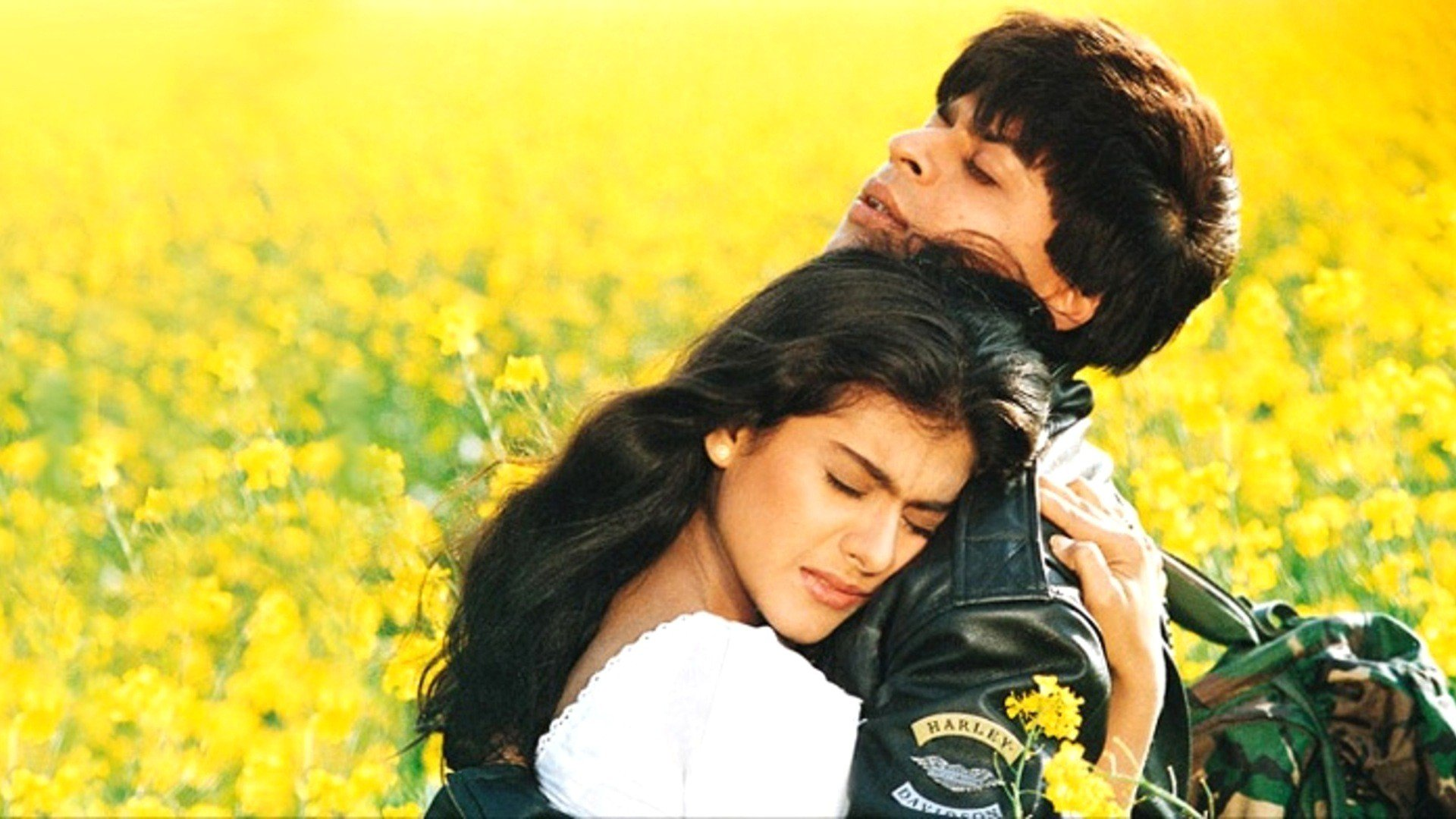 Most Watched Bollywood Movies In Theatres - Dilwale Dulhaniya Le Jayenge