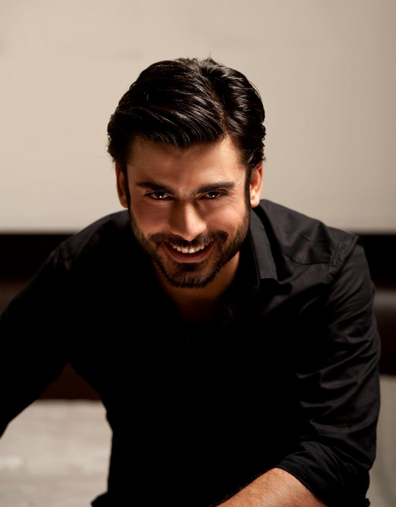 10 Hot Pics of Fawad Khan that will make you swoon- Fawad Smile