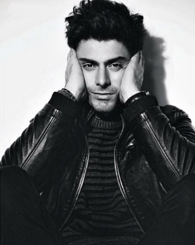 10 Hot Pics of Fawad Khan that will make you swoon- Fawad bnw