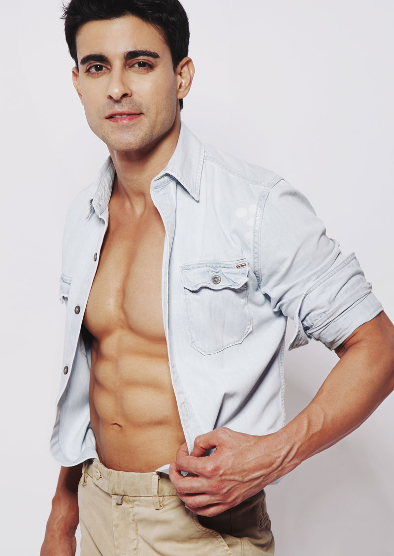 15 Hot Pics of Gautam Rode, one of the hottest hunks of Indian Television-Gautam Shirt 1
