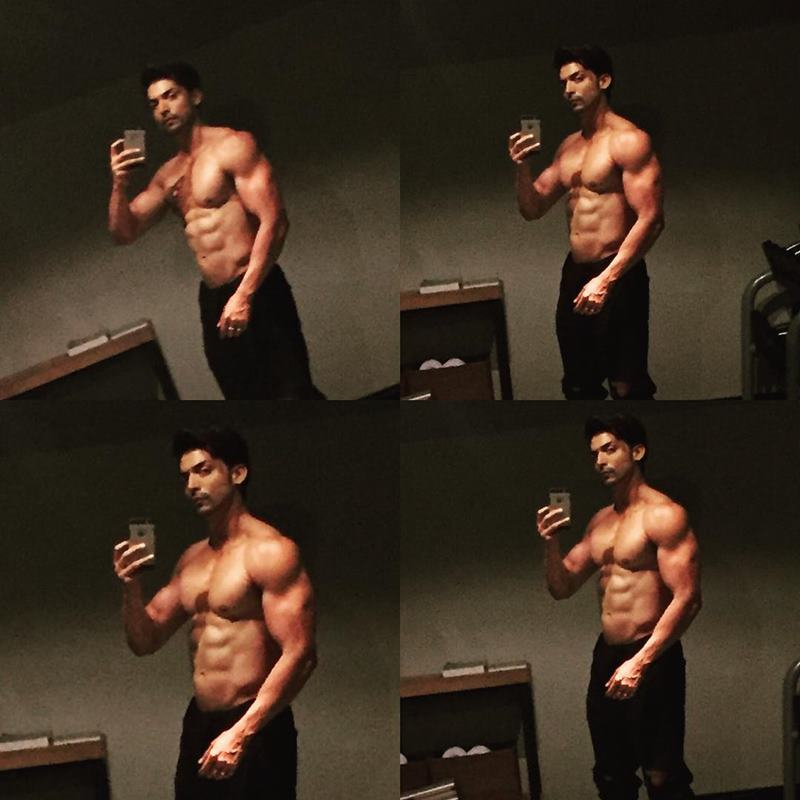 15 Hot Pics of Gurmeet Choudhary that are enough to set fire on your screens- Gurmeet Selfie 2