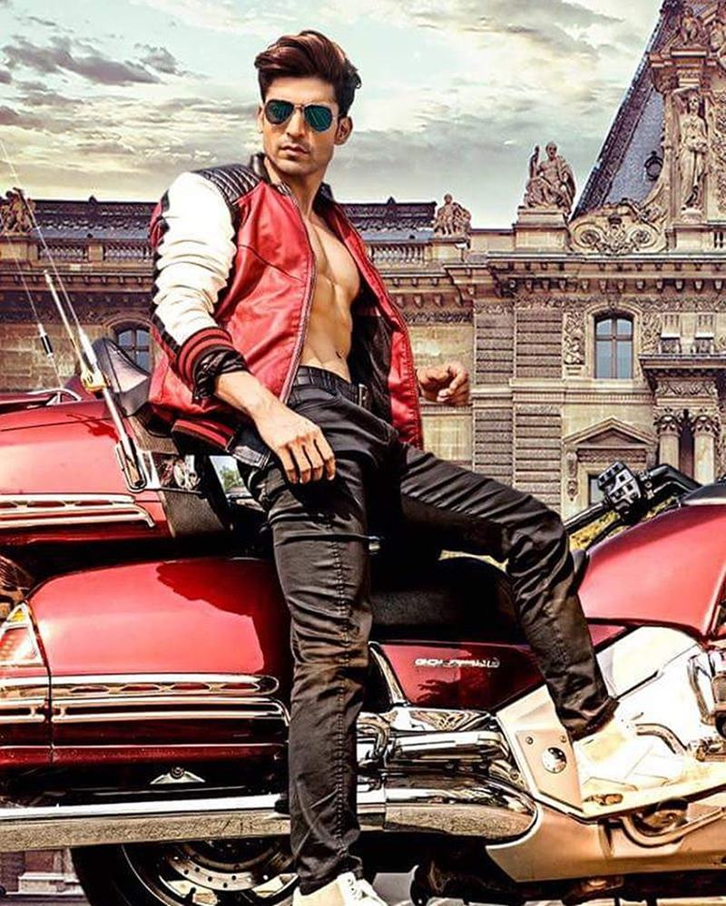 15 Hot Pics of Gurmeet Choudhary that are enough to set fire on your screens- Gurmeet Shoot 1