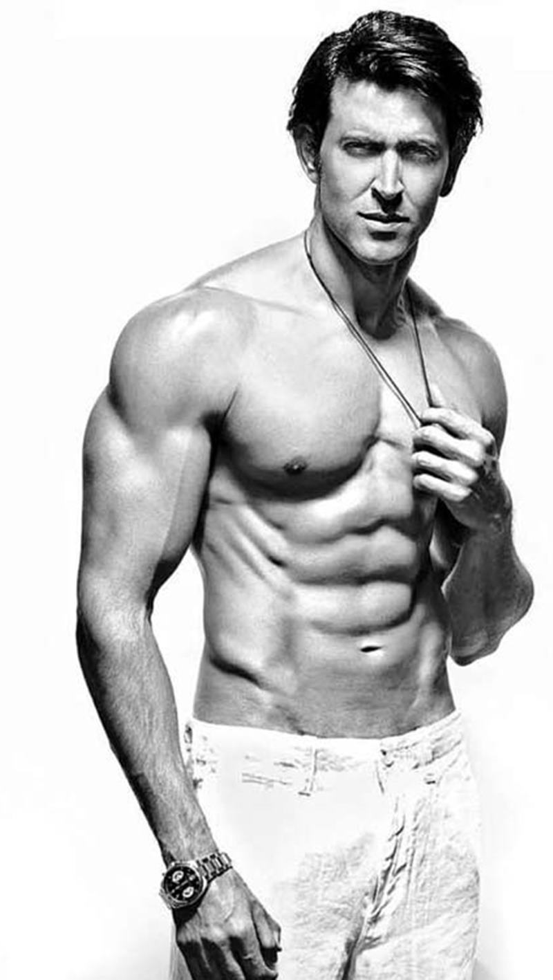 10 Hot Pics of Hrithik Roshan that will get the temperature soaring instantaneously!- Hrithik Abs