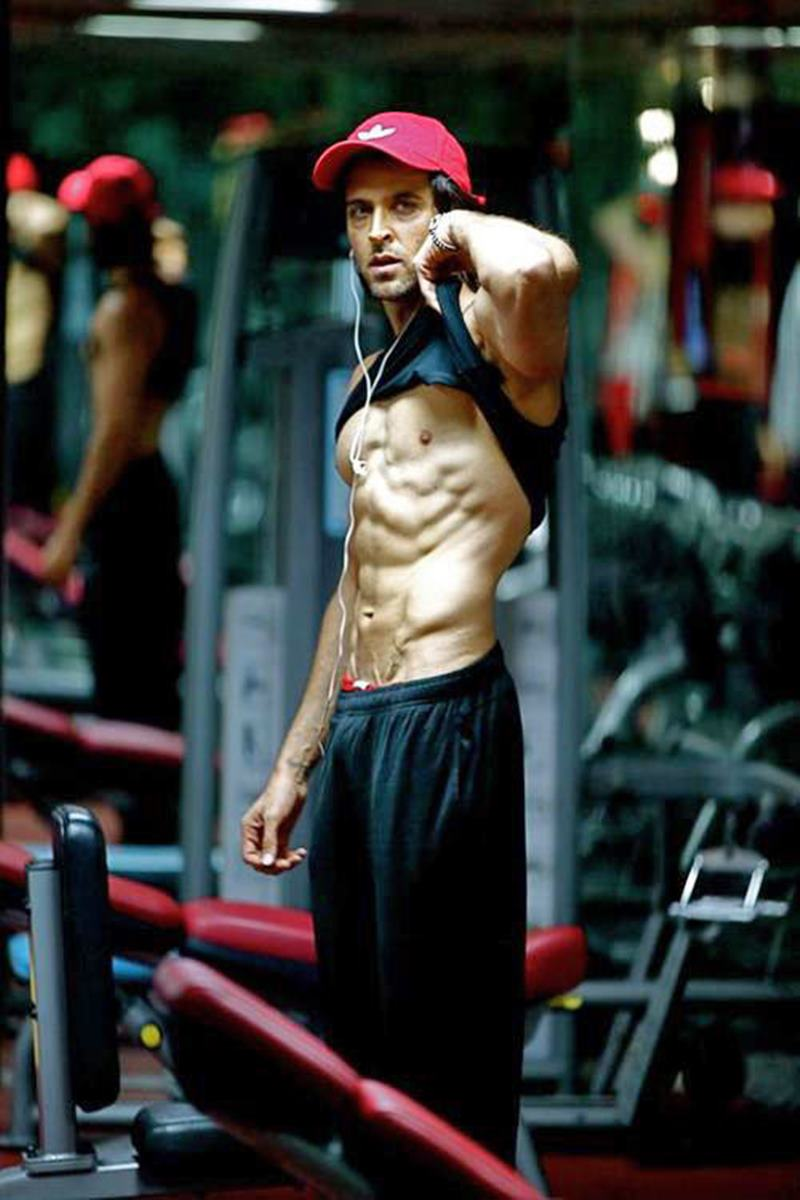 10 Hot Pics of Hrithik Roshan that will get the temperature soaring instantaneously!- Hrithik after workout