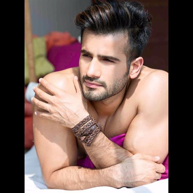 15 Pictures of Karan Tacker that will make your day brighter than it already is!- Karan Shoot 1