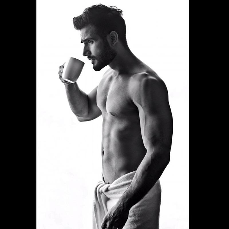15 Pictures of Karan Tacker that will make your day brighter than it already is!- Karan bnw 1