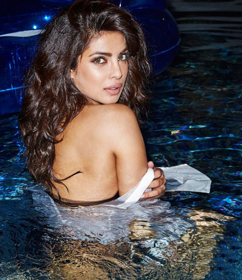 Priyanka Chopra Hot Pics: 20 Pictures of PC that are enough to set your heart racing! Priyanka pool 1