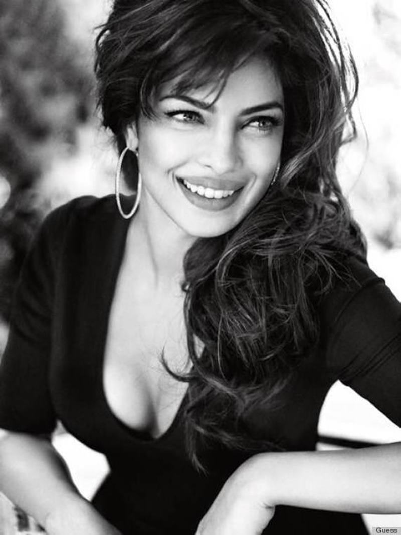 Priyanka Chopra Hot Pics: 20 Pictures of PC that are enough to set your heart racing! Priyanka bnw 3