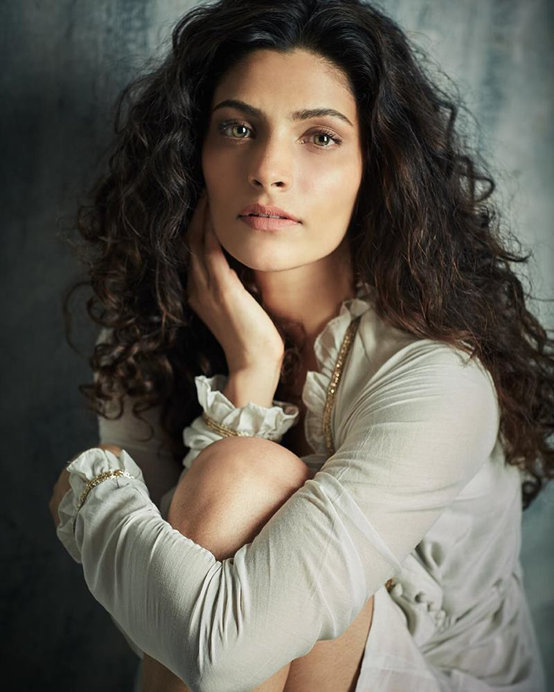 10 Interesting Facts about Harshvardhan Kapoor and Saiyami Kher, the leads of Mirzya- Saiyami Mother