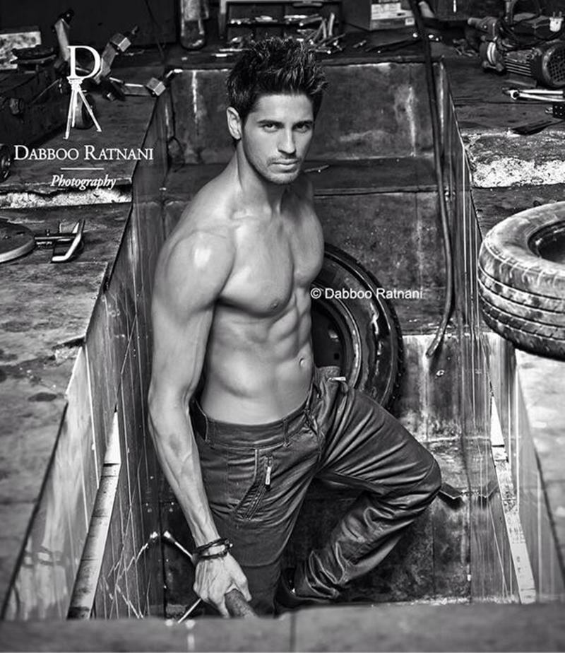 15 Hot Pics of Sidharth Malhotra that justify his hotness to some level- Sid dabboo 2