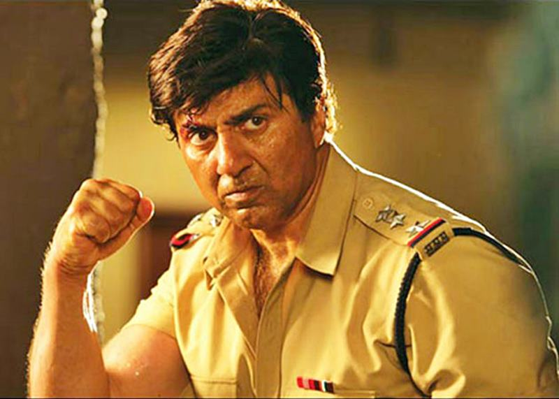 Poll of the Day | Who is the best action hero of Bollywood?- Sunny Deol