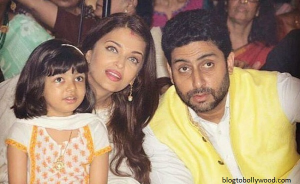 Pics:Bollywood celebrates Durga Pooja - Aish and Abhishek