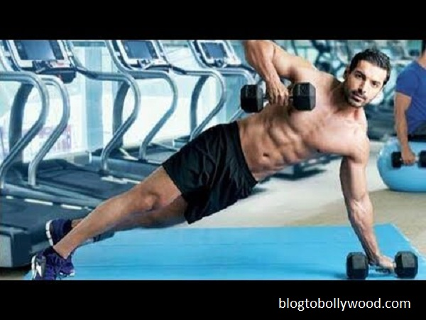 10 shirtless pics of John Abraham - John 10
