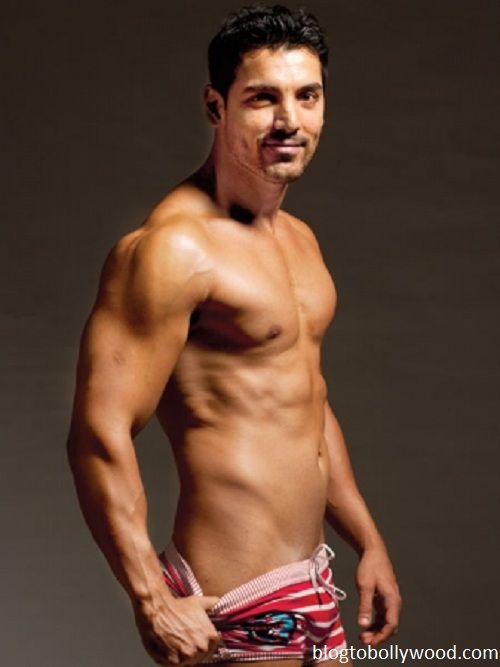 10 shirtless pics of John Abraham - John 9