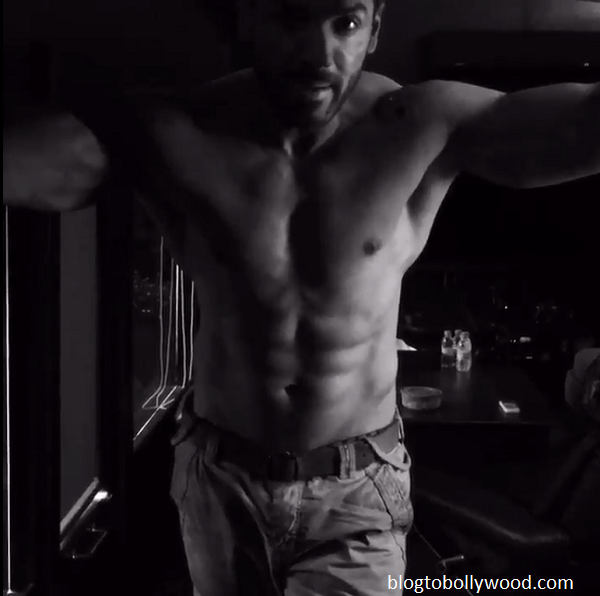 10 shirtless pics of John Abraham - John 7