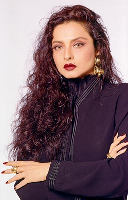 Happy 62nd Birthday Rekha - Rekha 4