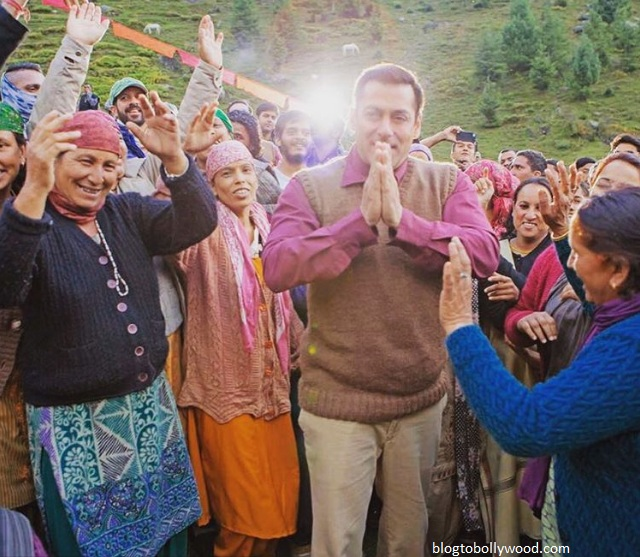 Salman Khan shoots a song from 'Tubelight' with Manali locals