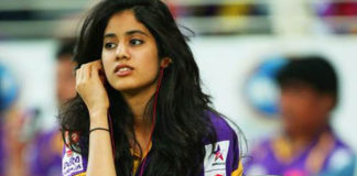 Jhanvi Kapoor Hot Pics: These Hot & Sexy Pics Of Jhanvi Kapoor