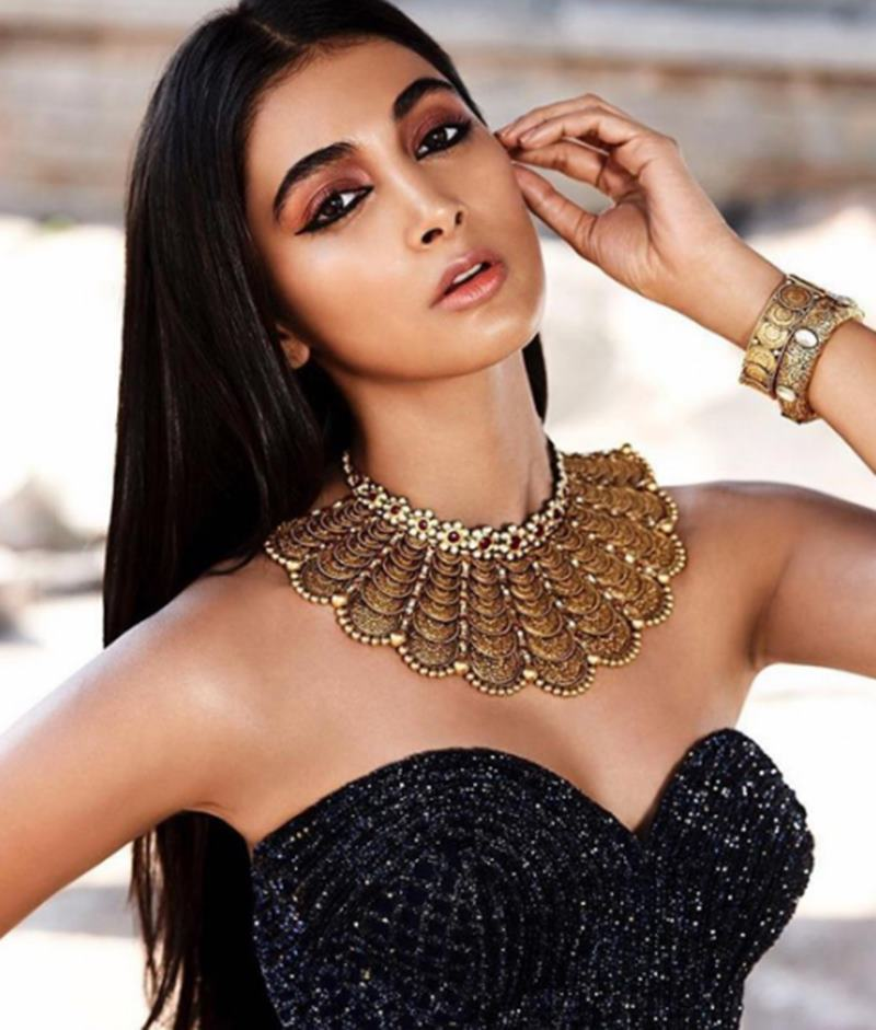 20 Hot & Stunning Pictures Of The Mohenjo Daro Actress Pooja Hegde- Pooja 18