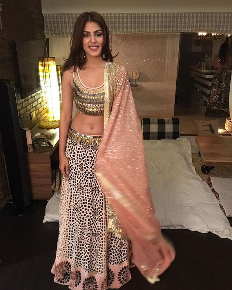 10 Hot Pics of Rhea Chakraborty that you need to see!- Rhea Indian