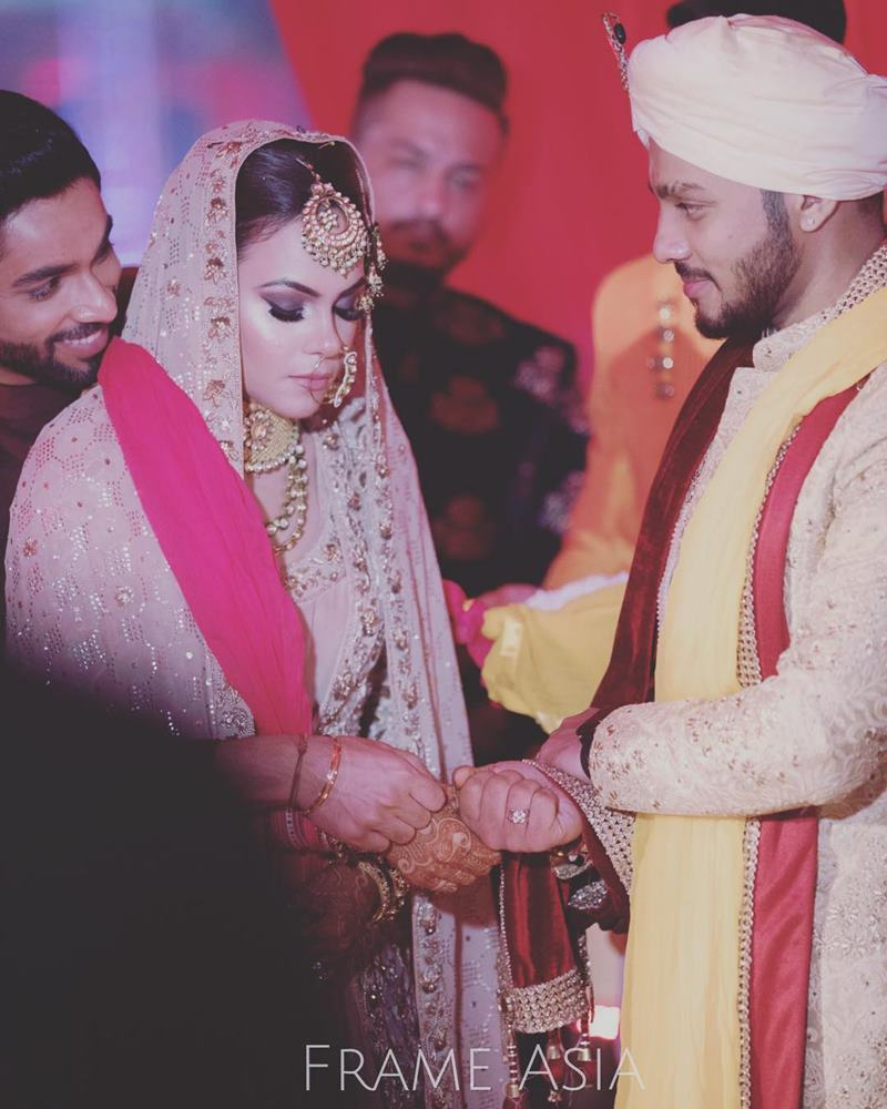 Pictures Inside | The wedding season continues with Raftaar-Komal Vohra's wedding!- Raftaar-Komal 11