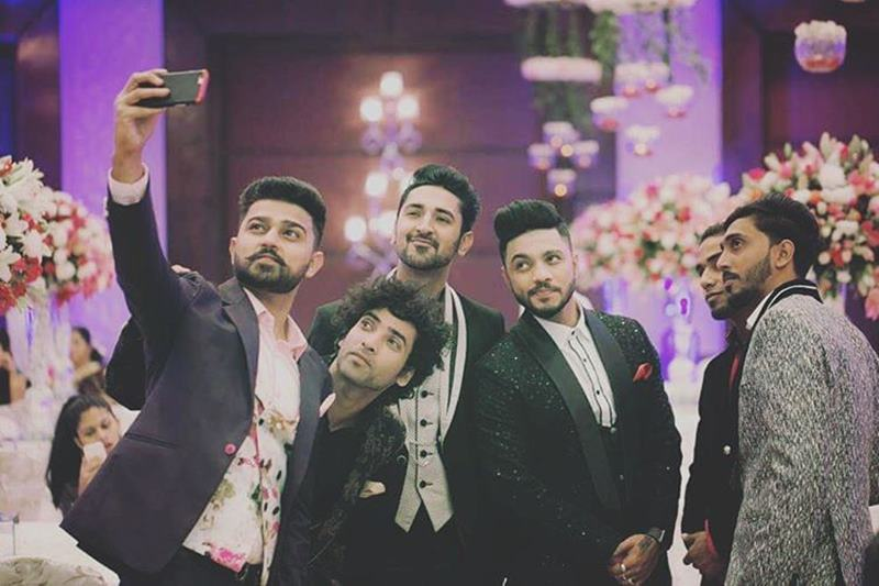 Pictures Inside | The wedding season continues with Raftaar-Komal Vohra's wedding!- Raftaar-Komal 8