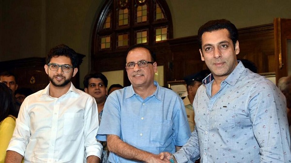 Salman Khan joins hands with BMC to start mobile toilets in Mumbai