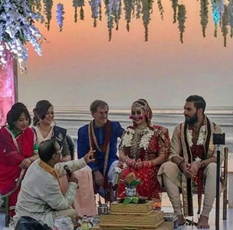 Yuvraj Singh-Hazel Keech's wedding was a grand event, these pictures are proof of it!- Yuvi-Hazel 1