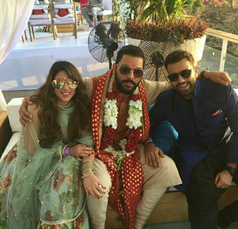 Yuvraj Singh-Hazel Keech's wedding was a grand event, these pictures are proof of it!- Yuvi-Hazel 5